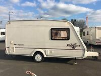 2004 BAILEY PAGEANT MAJESTIC - 2 BERTH SINGLE AXLE LIGHTWEIGHT TOURING CARAVAN
