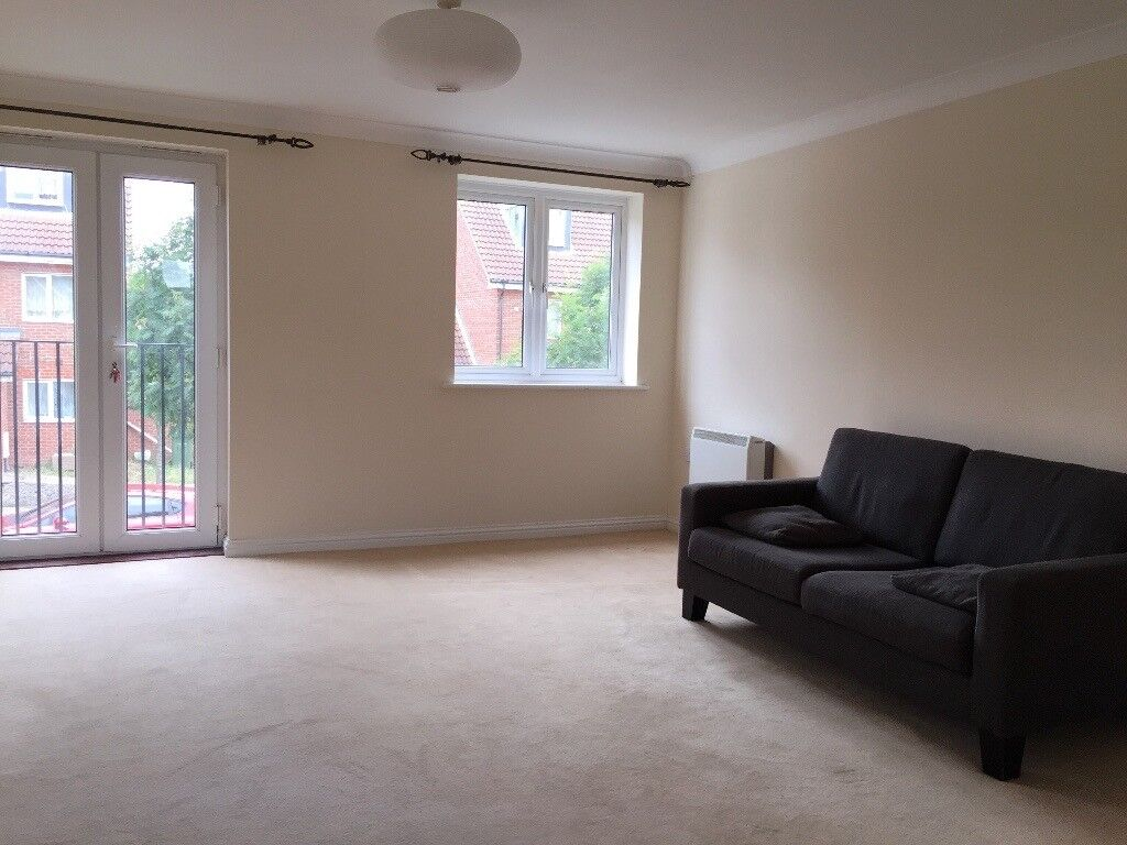 Available 1st April, a large One Bedroom, first floor flat, would suit a professional working couple