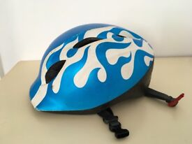 Blue MET cycle helmet