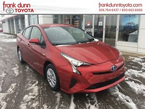 2016 Toyota Prius 5dr HB ***INCLUDES WINTER TIRES, RIMS,  INSTAL