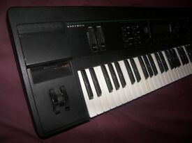 KURZWEIL K2000 VP / K-2000 VP , 61 Keyboard , Workstation , Synthesizer , 34MB 16 Channel Sequenser.