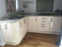 Complete Kitchen - Amazing Mint cond built in 2014 Inc Sink taps+oven+hob extractor +double oven