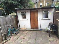 5 bedroom house in Farmer Road, Leyton, East London, E10