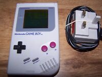 Original Nintendo Gameboy with Game and charger