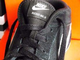 USED Nike Ruckus Mid Lr Black Men's Trainers Shoes Sizes:UK 9