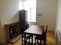 Lovely room in prime location close to centre in clean and peaceful house