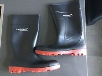 Dunlop Warwick Full Safety Black/Red H812511 Wellingtons UK10 EU44