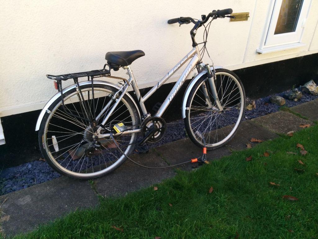Radford Avenue Silver Women S Hybrid Bike 25 Inch Wheels