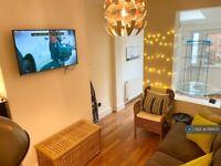 1 bedroom in Bath Road, Arnos Vale, Bristol, BS4 (#1118400)