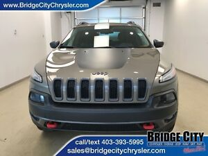 2016 Jeep Cherokee Trailhawk- Leather, Power Liftgate, Heated Se