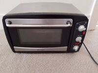 For Sale: Mini Oven. Very good condition