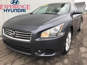 2012 Nissan Maxima SV LOADED V6 WITH LEATHER INTERIOR + SUNROOF