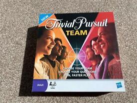 Trivial pursuit team game