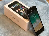 Iphone 5s 16GB Factory Unlocked Boxed Excellent (open to offers)