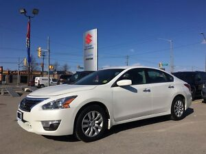 2013 Nissan Altima 2.5 ~Low Km's ~Redesigned ~Well Rounded Sedan