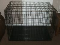 DOG CAGE X LARGE WITH METAL TRAY £45 AS NEW