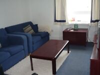 All bills included, great value. 1 room in attractively equipped flat in very convenient location.