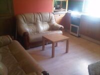 Double room for rent £280 LINDLEY FURNISHED INCLUDES ALL BILLS
