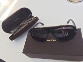 "Authentic New TOM FORD "" Hugo "" Sunglasses in Shiny Black Model : Hugo TF444 01A"