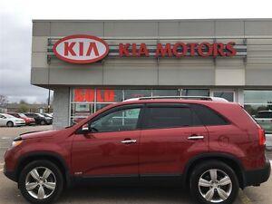 2013 Kia Sorento LX 1 owner / $68* Weekly!