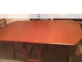 Stag Meredew dining table