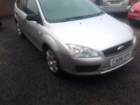 Ford focus,new shape 2006 LX 1.6 petrol,5door hatchback,5seats, stereo,e/windows, remote c/ locking