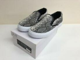 ANOTHER PAIR OF SHOES NOBLE SNAKE WOMEN SHOES SIZE 5 BLACK/WHITE NEW