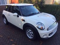 MINI Cooper - Excellent Condition - one owner - low mileage with TLC Pack