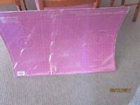 Self healing cutting mat, unused, still in shrink wrapping. Professional quality, heavy duty