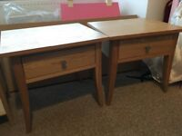 2 oak bedside tables with drawers