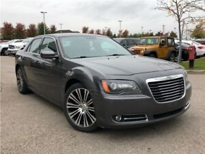 2013 Chrysler 300 S**DUAL PANORAMIC SUNROOF**NAVIGATION**