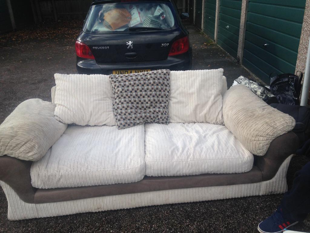 Large three seater sofa in vgc