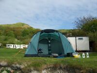 Reduced! Vango Icarus 500 tent including footprint and carpet.
