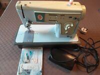 Singer Vintage Electric Sewing Machine Model 413