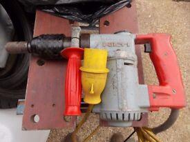 Hilti te 17 110 volt drill working order grab a bargain £30