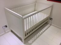 Mamas And Papas White Coastline Cot Bed Aruba Changing Table