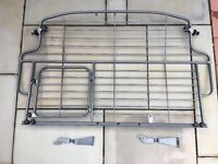 Q7 Audi DOG GUARD / Partition Grill with access door
