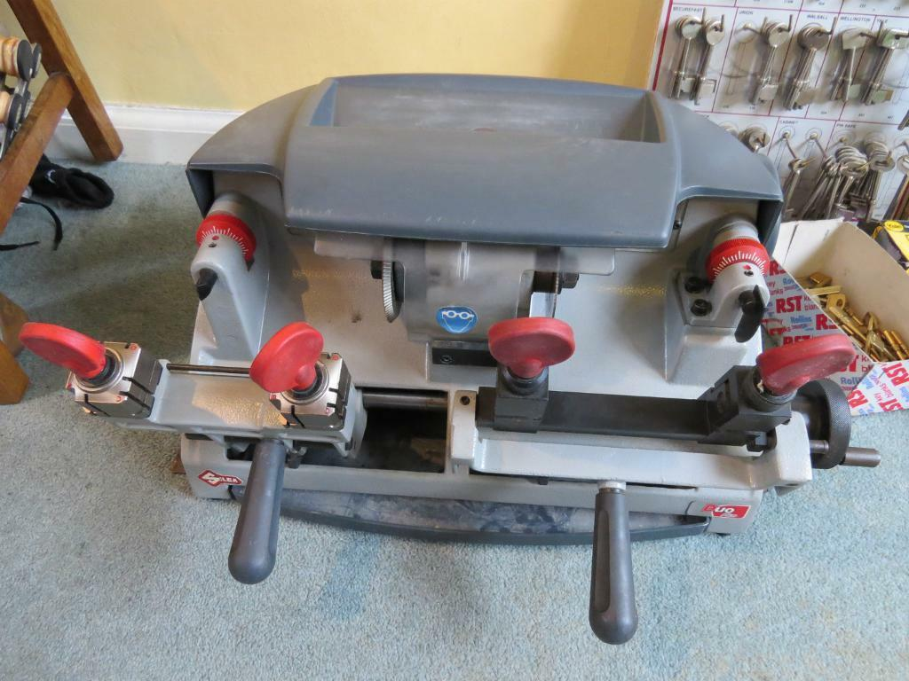 Shoe Repair Machine For Sale Gumtree