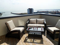 One and two bed luxury apartments in Swansea central for short term stays