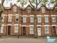 Spacious 5 Bed Property in the popular University Area - Ideal for Students - Available 05/07/2017