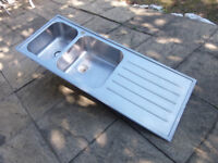 Stainless steel sink with 2 bowls & 1 tap hole