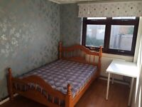 BIG DOUBLE ROOM FOR SINGLE USE-ISLAND GARDENS-ALL BILLS INCL