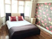 Sunny double room in amazing Sutton Coldfield house near Birmingham