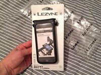 Lezyne Smart Dry Caddy bike mount for iPhone 5/5C/5S