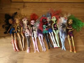 monster high bundle 3 as seen collect Stonehaven, might be able to meet beach area on Sat morning