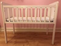 Mothercare Hyde Crib & Airflow Mattress