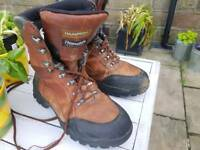 Hampsons Walking Boots Size 8