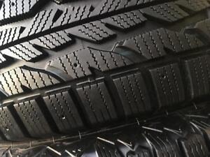 2 pneus 225/70/16 Firestone hiver nouveau