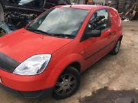 Breaking Ford Fiesta Van MK6 2004 Colorado Red 1.4 TDCi Spares Parts Wheel Nut