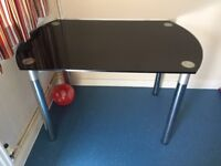 Glass dinning table both sides fold out to make it bigger need gone ASAP